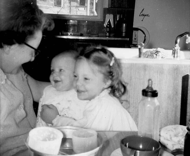 5-MotherholdingKarleneRon-1957