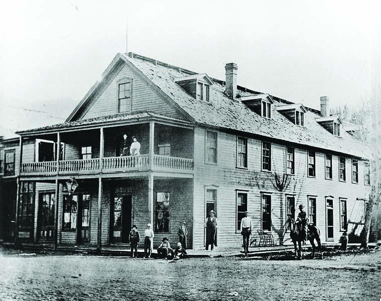 2-McFall_s-International-Hotel-bellevue-1880s