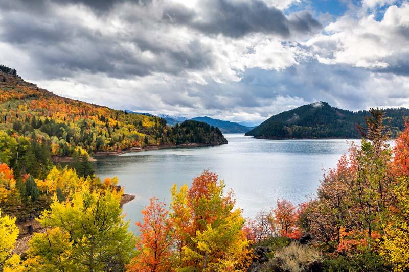 Palisades-lake-autumn-22-of-1