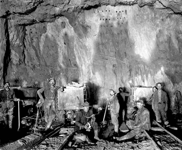 df-b_-2036_-mullan_-inside-the-morning-mine_-1909edit